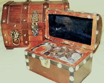 Treasure Chest1 (Small).jpg