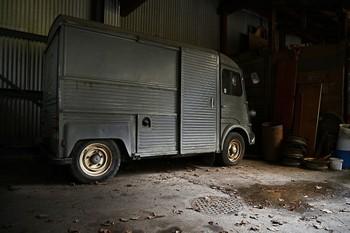 transporter-468449_1920 (Small).jpg